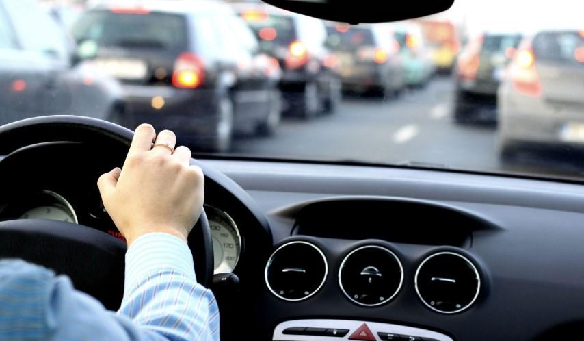Usaha Les Stir Mobil  Gowa